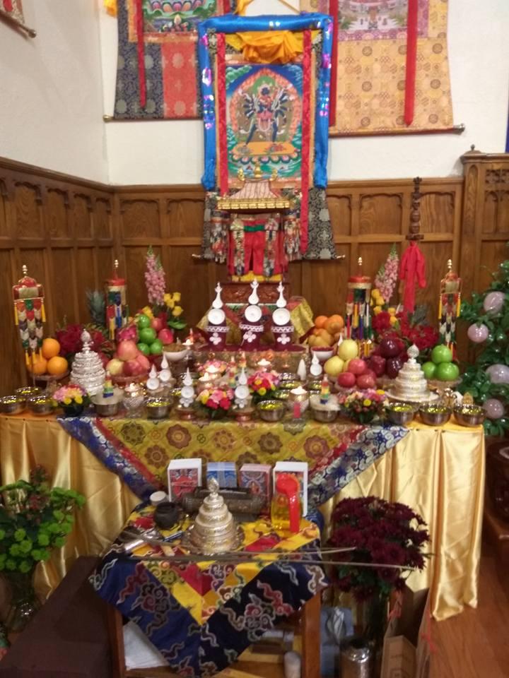 Gosok Rinpoche bestowed empowerments of Chakrasamvara and